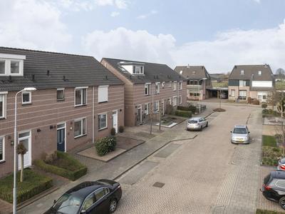 Schoutstraat 17 in Gendt 6691 JG