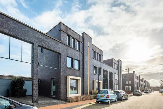 Henriette Roland Holstweg 36 in Heerenveen 8448 RV