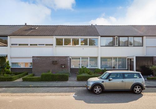 Basstraat 77 in Helmond 5702 SG