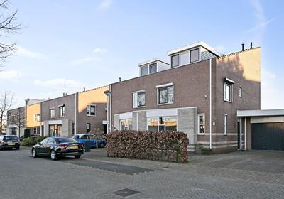 Klimopberg 71 in Roosendaal 4708 KL