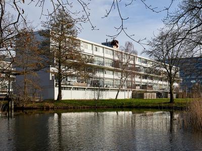 Vliestroom 279 in Alphen Aan Den Rijn 2401 VH