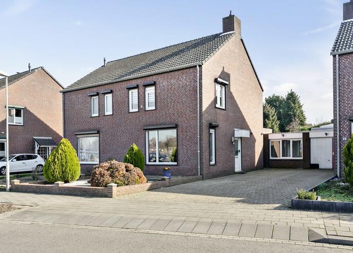 Stationsstraat 42 in Swalmen 6071 KD