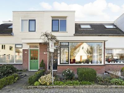 Erfvoort 10 in Noordwijkerhout 2211 DE
