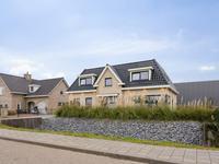 Koningsspil 30 in Halsteren 4661 TW