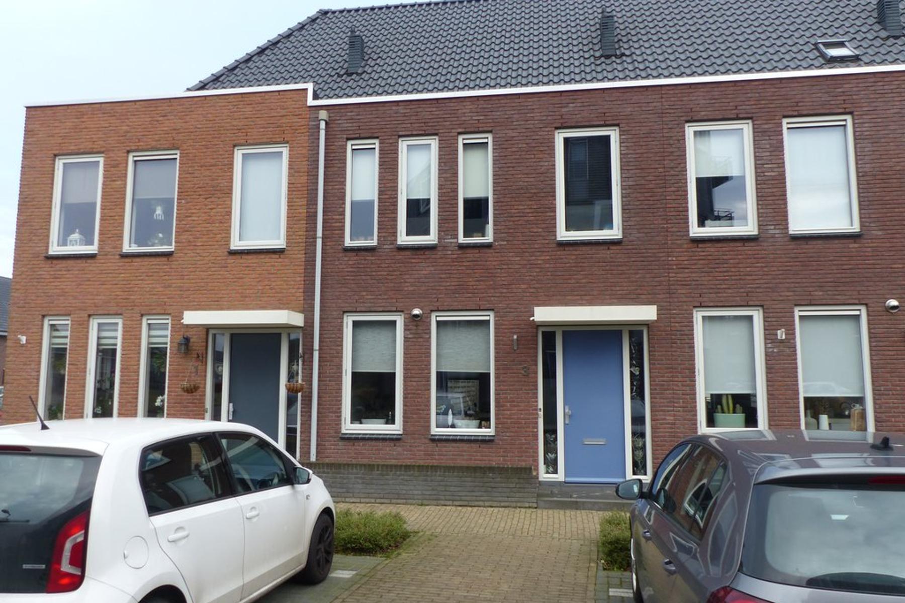 Groninger Meeuwlaan 3 in Barneveld 3772 PD