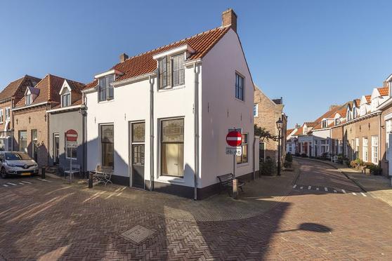 Grote Oosterwijck 23 in Harderwijk 3841 BK