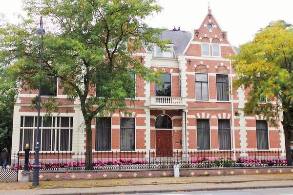 Florapark 8 in Haarlem 2012 HK