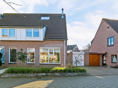 Harmoniepolder 38 in 'S-Hertogenbosch 5235 TK