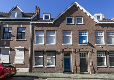 Schoolstraat 6 in Heerlen 6411 CK