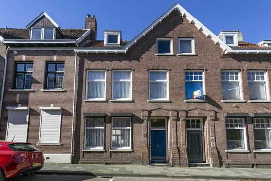 Schoolstraat 6 in Heerlen 6411 CK