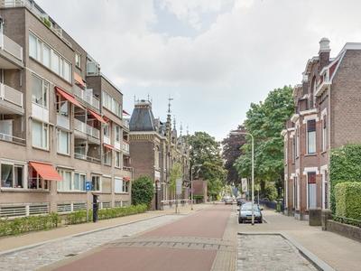 Sint Josephstraat 114 in Tilburg 5017 GL