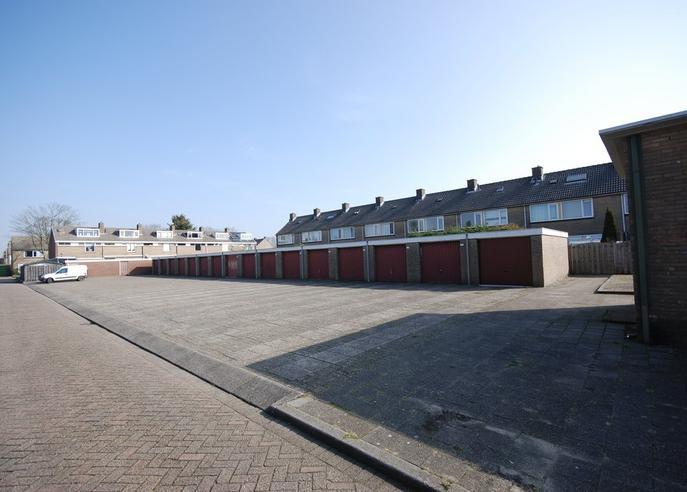 Tulpstraat 2 J in Oud-Beijerland 3261 RM