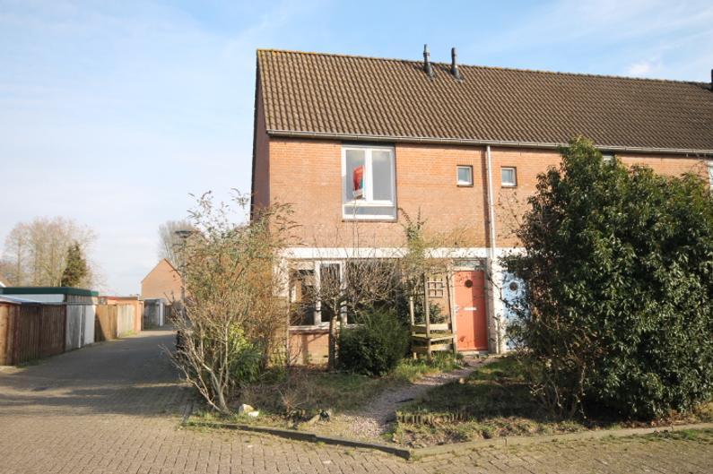 Balladeberg 18 in Roosendaal 4707 ST