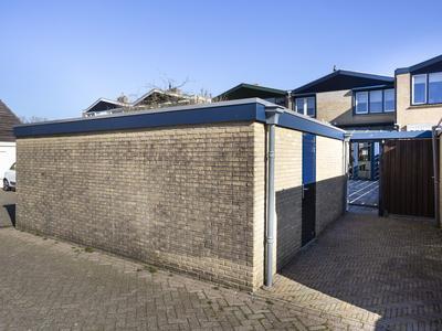 Zeestraat 69 in Zevenbergen 4761 HH