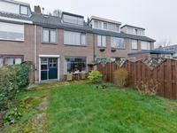 Middelgeest 20 in Leiderdorp 2352 XE