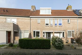 Karveel 22 in Uithoorn 1423 BT