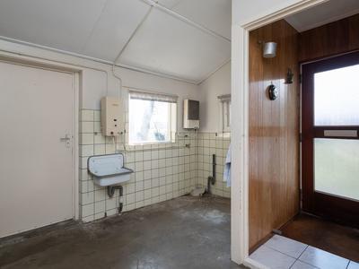 Middeldijk 37 in Barendrecht 2992 SH