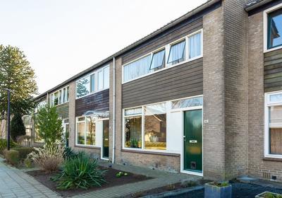Joost Van Den Vondelstraat 191 in Winterswijk 7103 XV