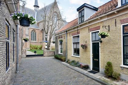 Kerklaan 12 in Naaldwijk 2671 HD