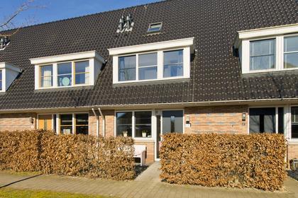 Karel Van Ginkelstraat 39 in Leusden 3832 LH