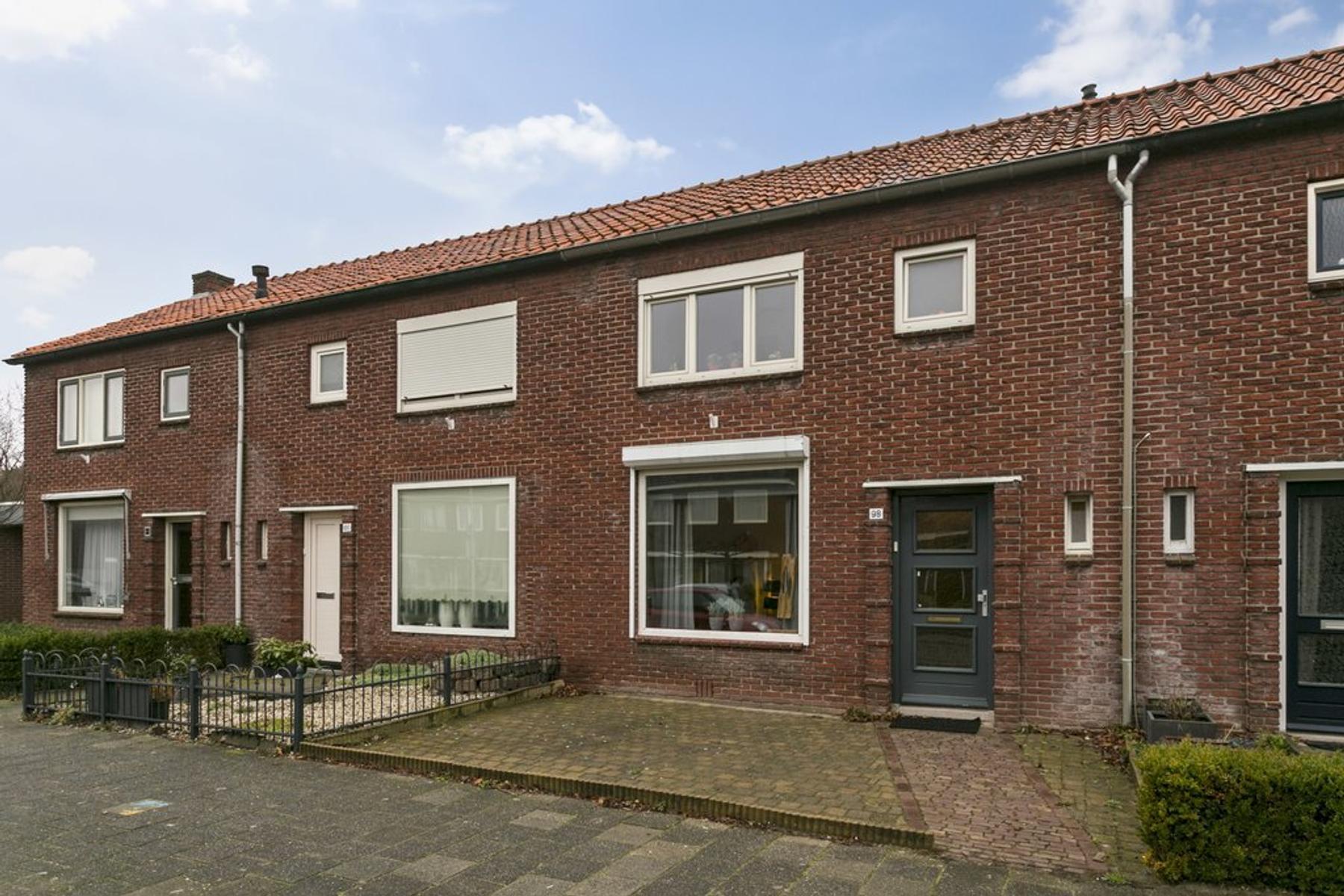 Elferinksweg 98 in Enschede 7545 KH