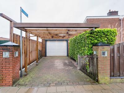 Ruys De Beerenbrouckstraat 13 in Apeldoorn 7331 LM