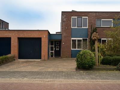 Burgemeester Elsenpark 4 in Naaldwijk 2672 EL