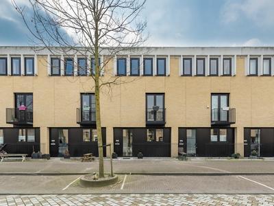 Eva Besnyostraat 398 in Amsterdam 1087 NH