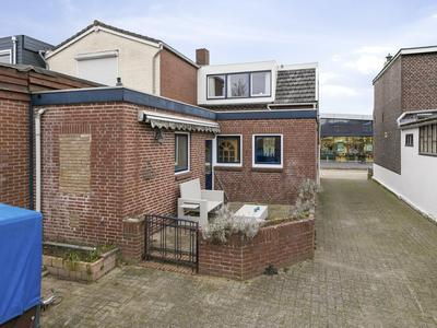 Duivenakkerstraat 27 in Gennep 6591 AW