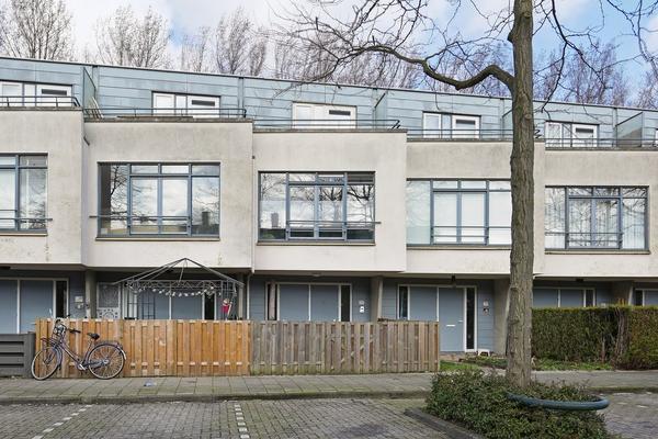 Bruinvisstraat 77 in Amsterdam 1035 HX