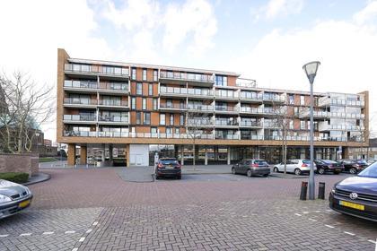 St. Jansplein 78 in Waalwijk 5141 GT
