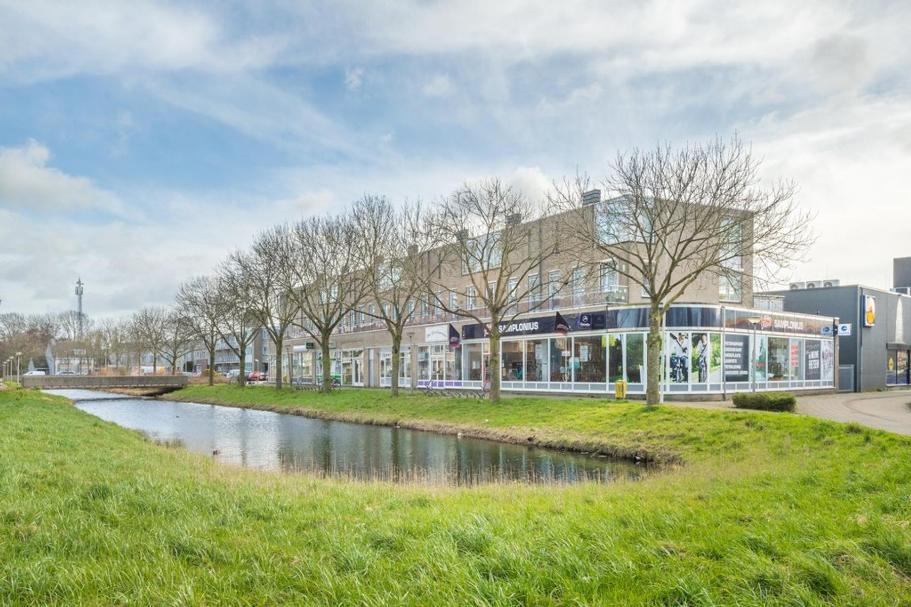 Ouvertureweg 119 in Alphen Aan Den Rijn 2402 DX