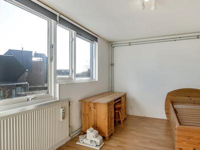 Begijnepolderweg 62 in Weesp 1383 AZ