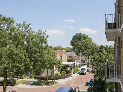 Cederstraat 151 in Alphen Aan Den Rijn 2404 VG