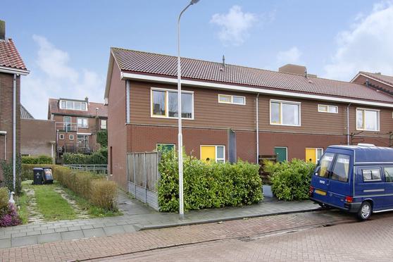 Prinses Beatrixstraat 72 in Arkel 4241 AE