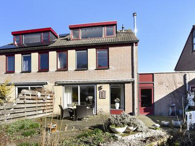 Esdoorn 12 in Noordwijkerhout 2211 PS