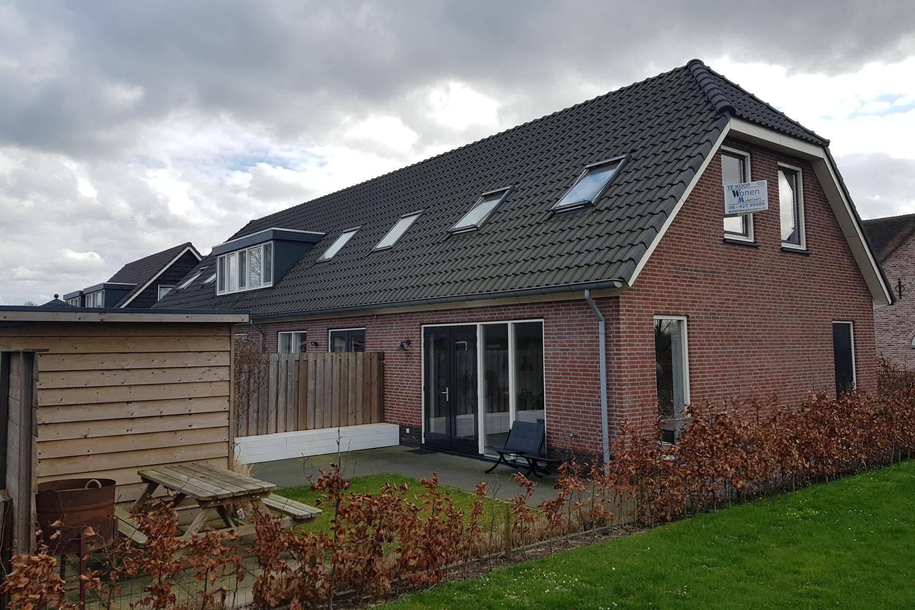 Abt Van Grevenbroekstraat 12 in Herpt 5255 AS