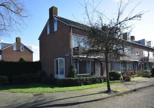 Nicolaas Beetslaan 1 in Uithoorn 1422 AP
