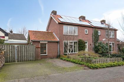 Burgem Moorenstraat 1 in Haps 5443 AC