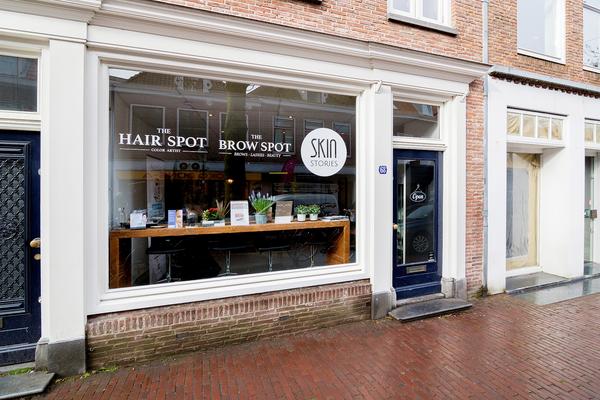 winkelruimte huren aan de Kamp 68 Amersfoort, nabij de Langestraat, de winkelstraat van Amersfoort.<BR>informatie via RéBM Bedrijfsmakelaardij Amersfoort 0334768530