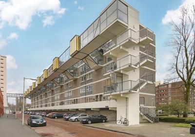 Akerwateringstraat 93 in Amsterdam 1069 GB