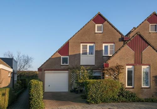 Jhr Mr A F De Savornin Lohmanstraat 125 in Zuidland 3214 XA