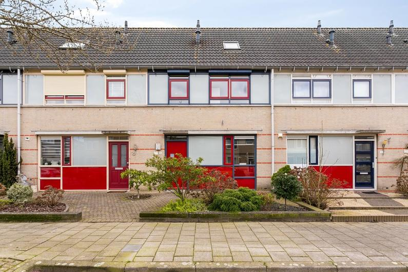 Zwaanhil 14 in Bergen Op Zoom 4617 LE