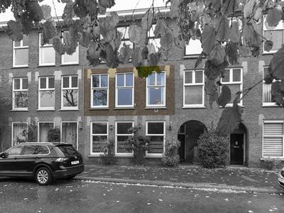 Valkenboskade 548 in 'S-Gravenhage 2563 JM