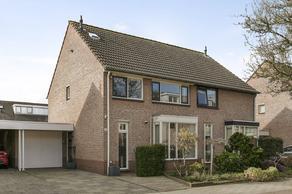 Lotusvallei 12 in 'S-Hertogenbosch 5237 LK