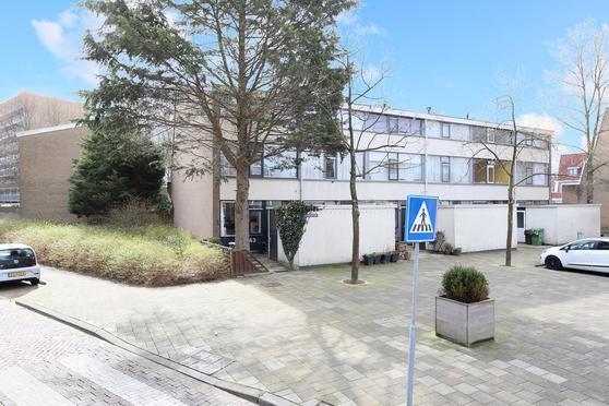 Sparrenrode 43 in Leiden 2317 CA