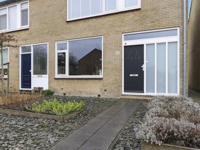 Wega 44 in Dordrecht 3328 PH