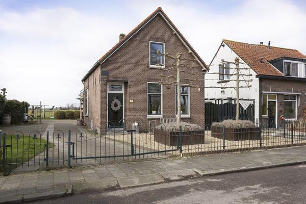Kerkweg 233 in Lekkerkerk 2941 BL