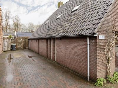 Oosterstraat 2 in Sauwerd 9771 AS