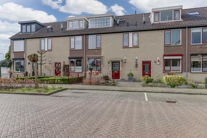 Lindenstraat 38 in Meerkerk 4231 DT